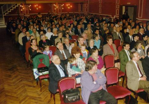 Osternfeier – Der Chor des Deutschen Volksverbandes, April 1998.